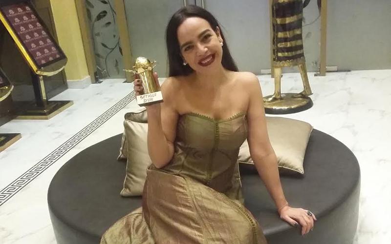 Culture Culture L'actrice marocaine Noufissa Benchehida remporte le Golden Sotigui
