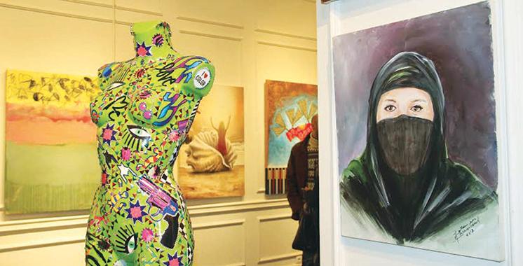 Actu Actu Le centre commercial fait la part belle à la peinture: Cinquante artistes-peintres exposent au Tanger City Mall